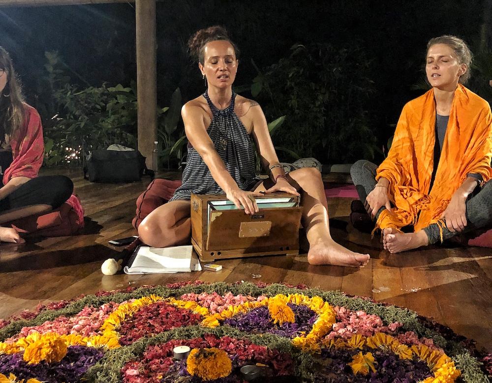 Women Circle Yogalehrerausbildung-Bali-Shakti-Academy-Bali