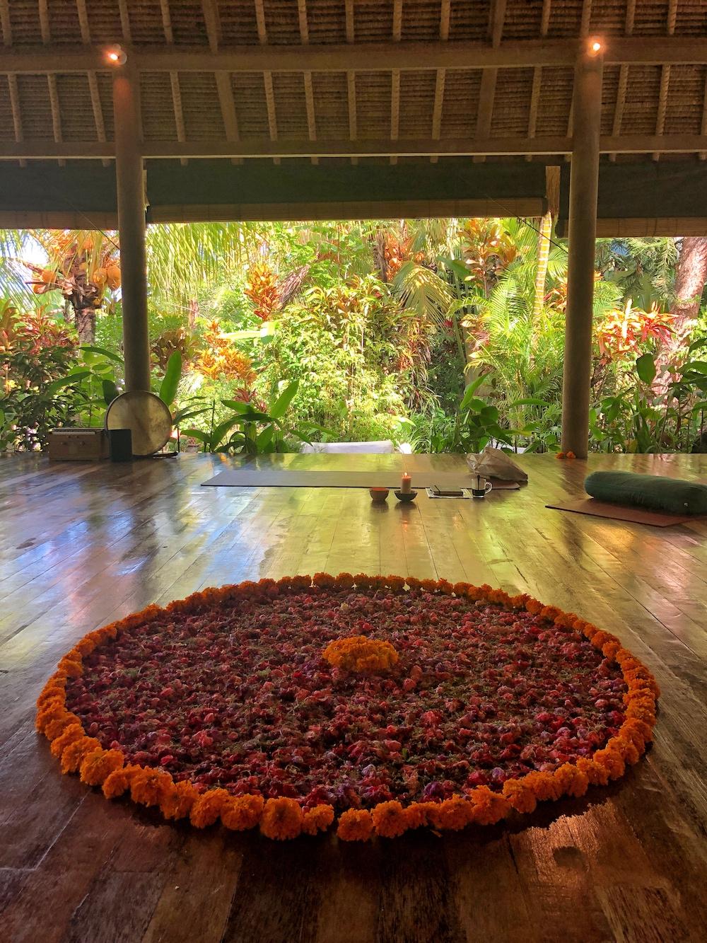 Yogalehrerausbildung-Bali-Shakti-Academy-Bali-Madala