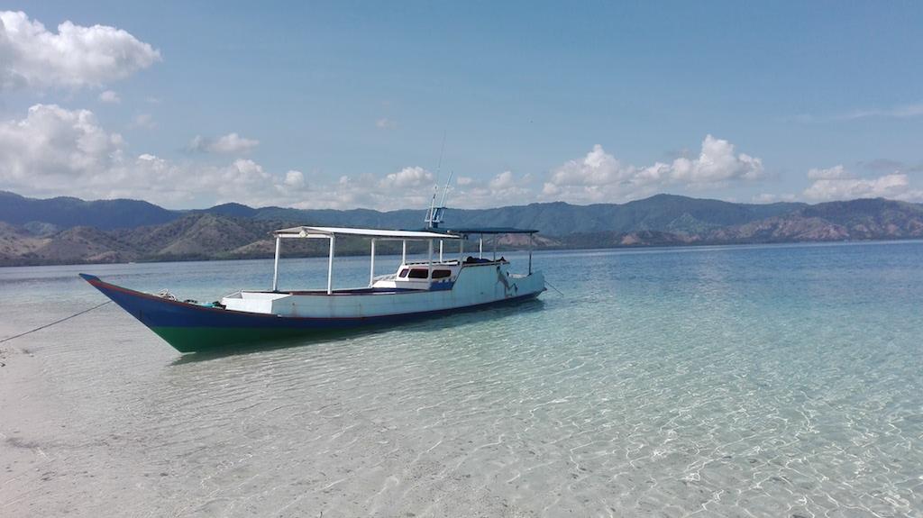 alleine-als-frau-nach-indonesien-island NP