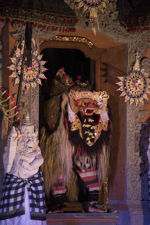 barong-dance-bali-4