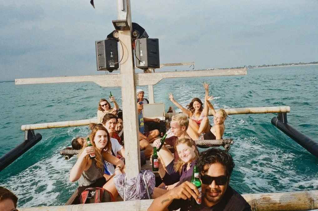 black-pearl-kelan-jimbaran-bali-sunset-cruise-bootsausflug-angeltour