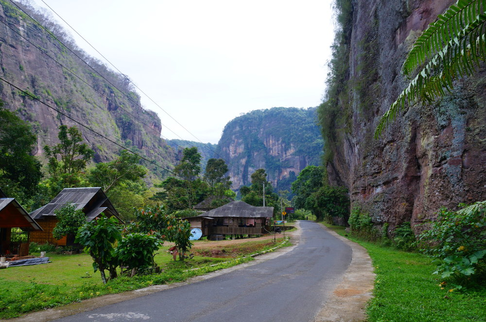 blick-ins-harau-valley