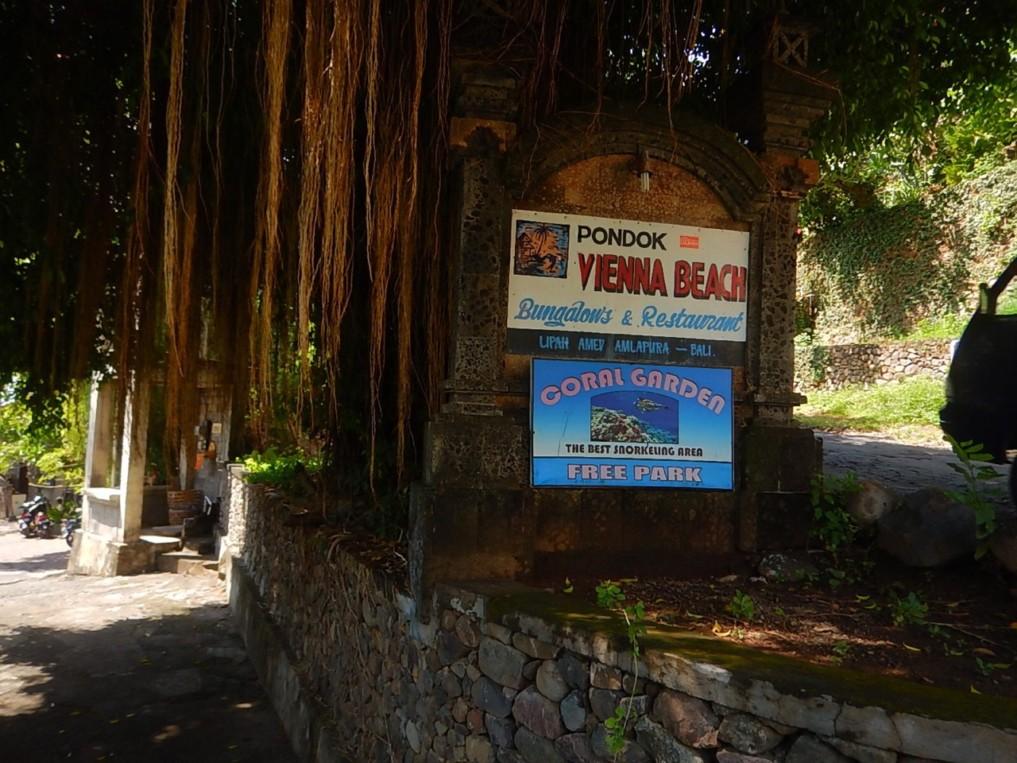 coral garden parking
