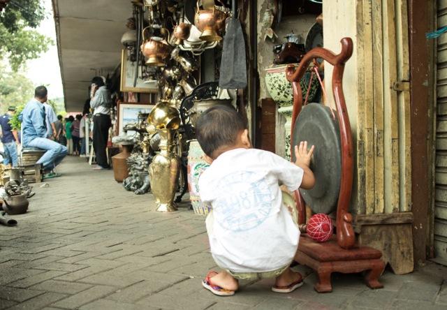 Hier findest du noch Schätze / Der Flohmarkt in Jakarta