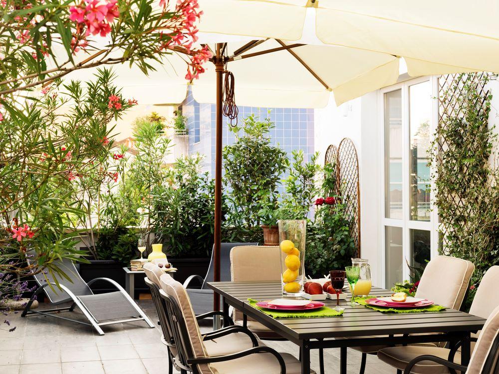frangipani-garten-balkon