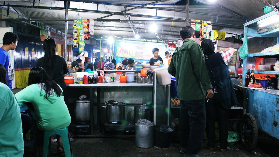 indonesien-urlaub-essen