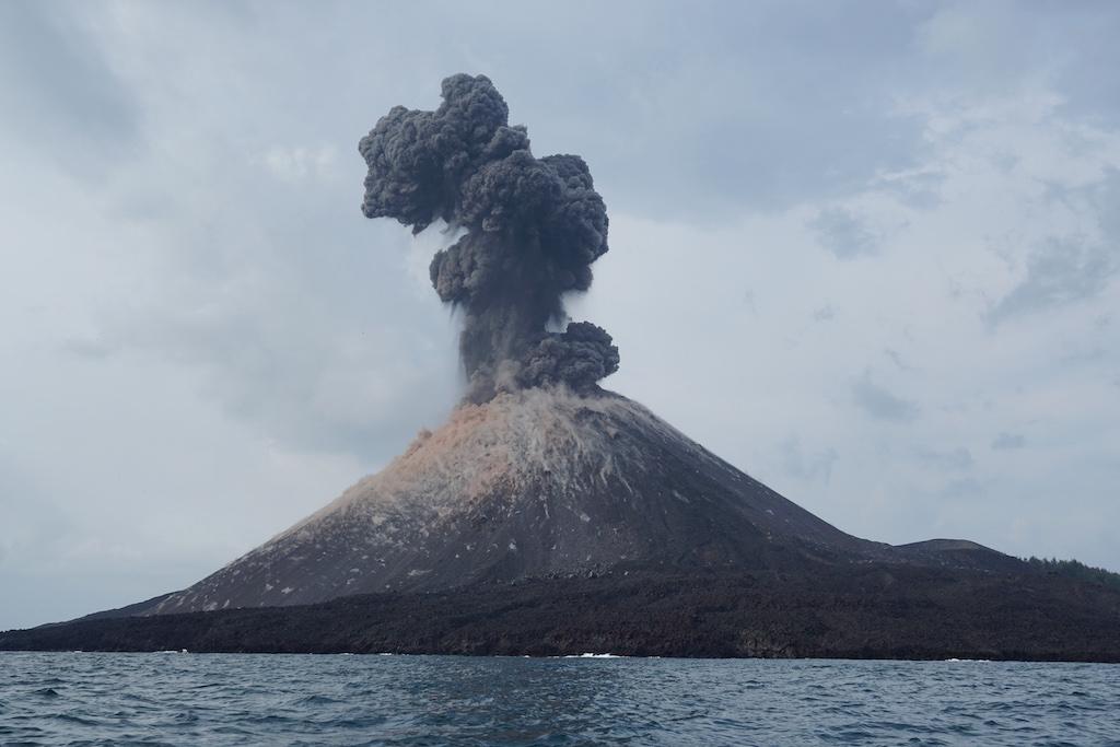 krakatau-vulkan-indonesien-4
