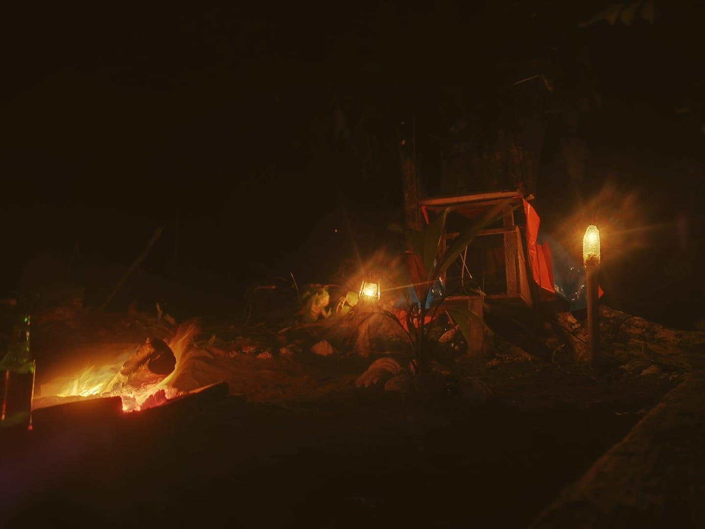 nachts-auf-einer-einsamen-insel