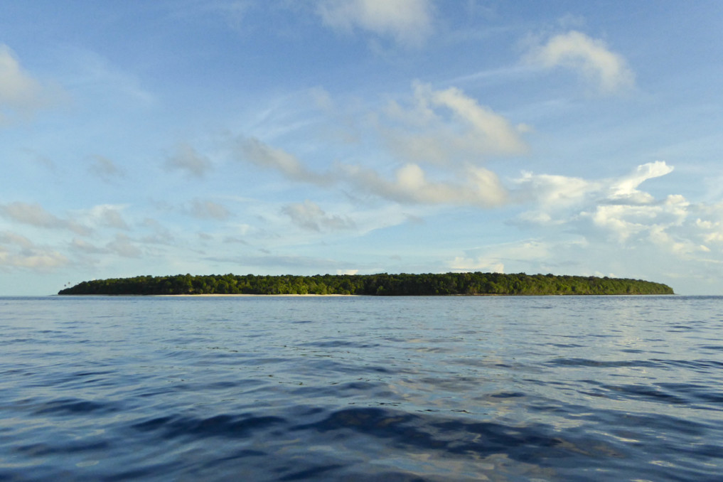Unbewohnte Insel Garat in Nord Sulawesi