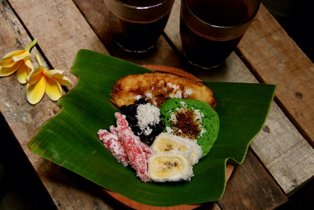 balinesische-nachspeisen-pisang-rai