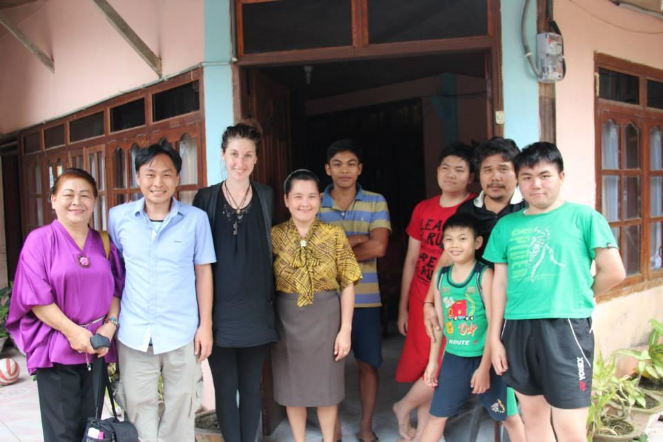 richtige-kleidung-indonesien-gast