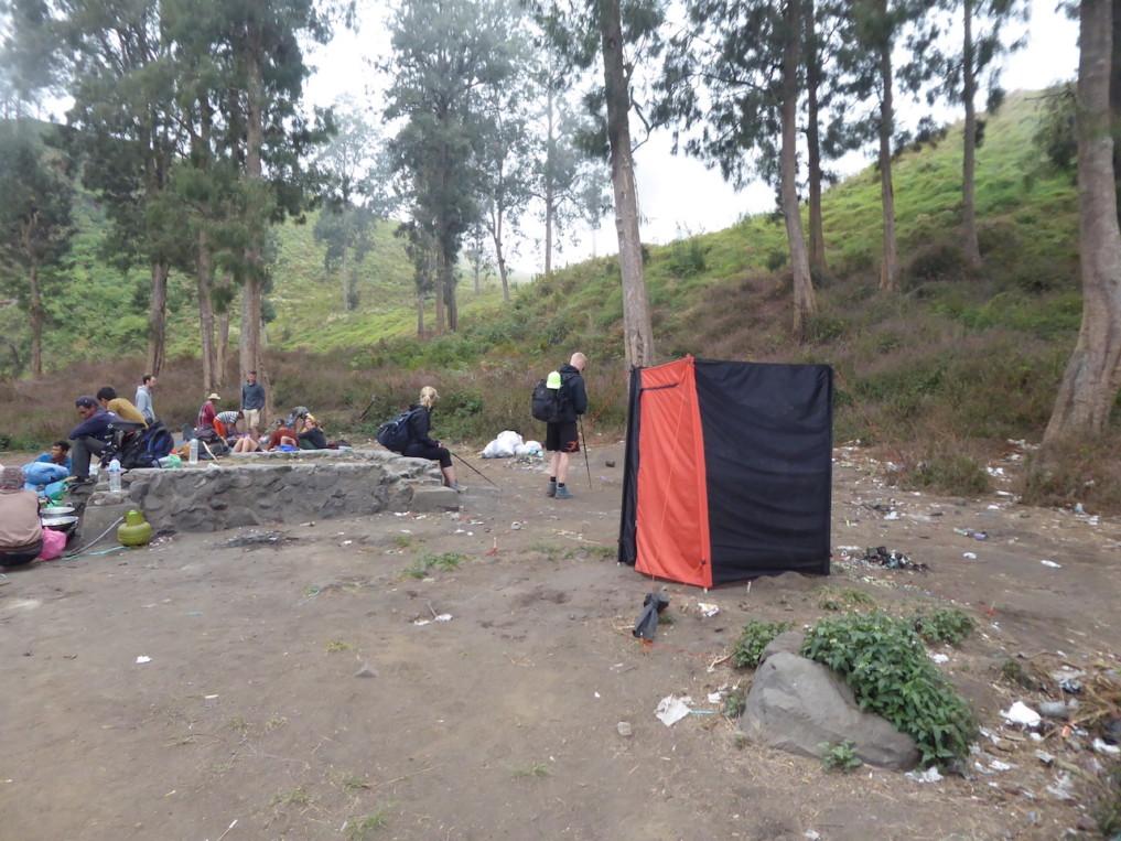 rinjani-lombok-toilette-camp