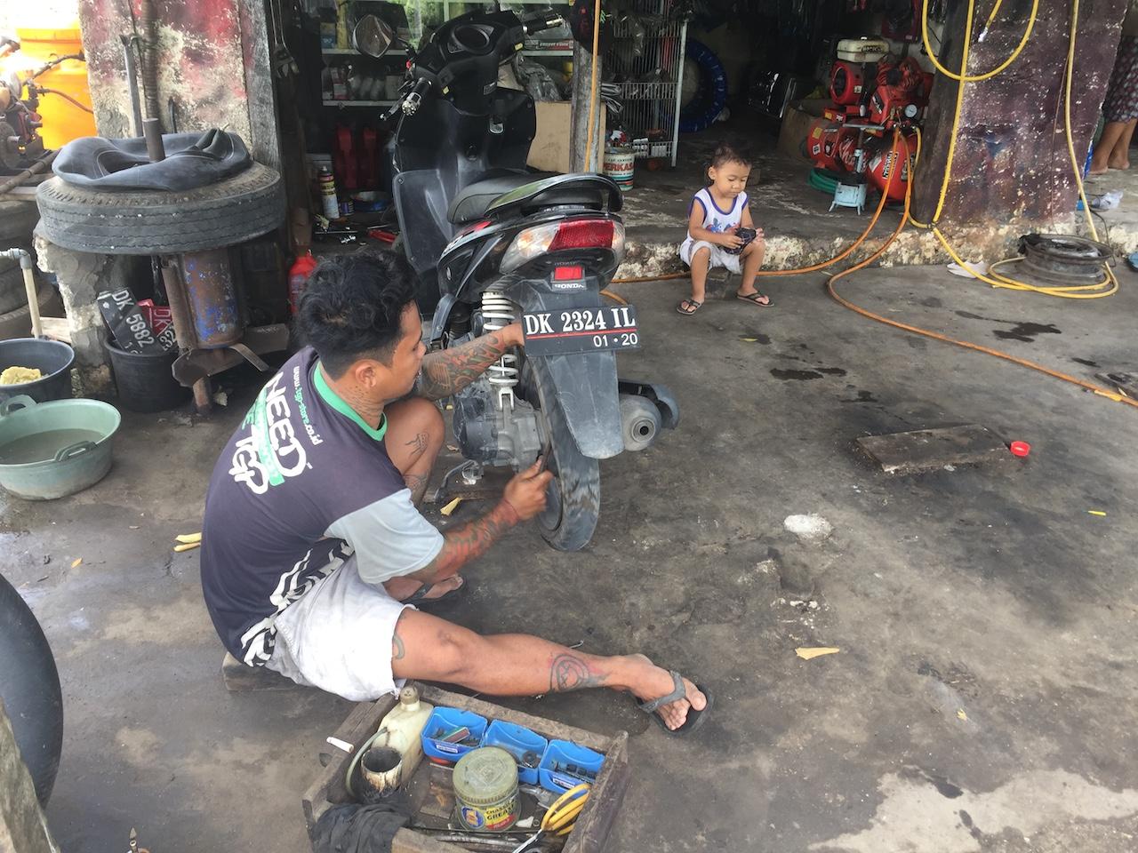 roller-fahren-indonesien-4
