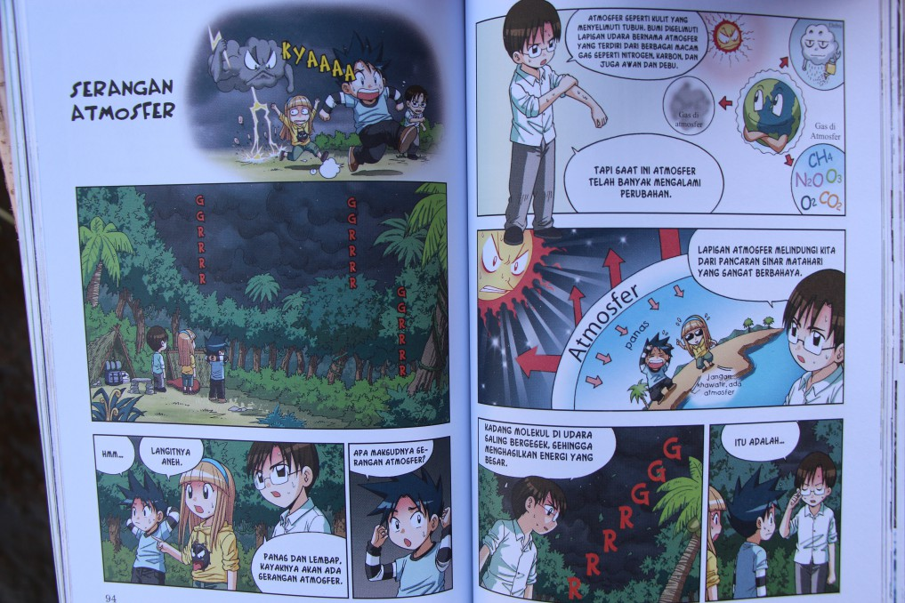 sample of books we distribute - educomics - book about natural science by Petr Hindrich