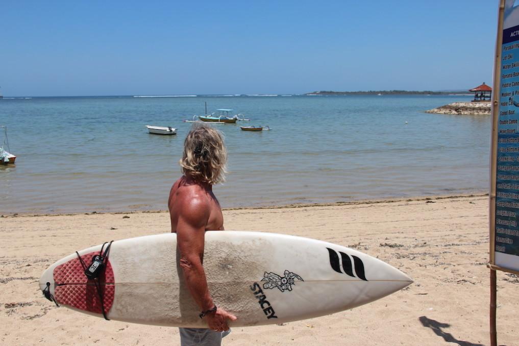 sanur-bali-surfen