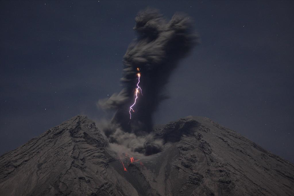 semeru-vulkan-indonesien-2