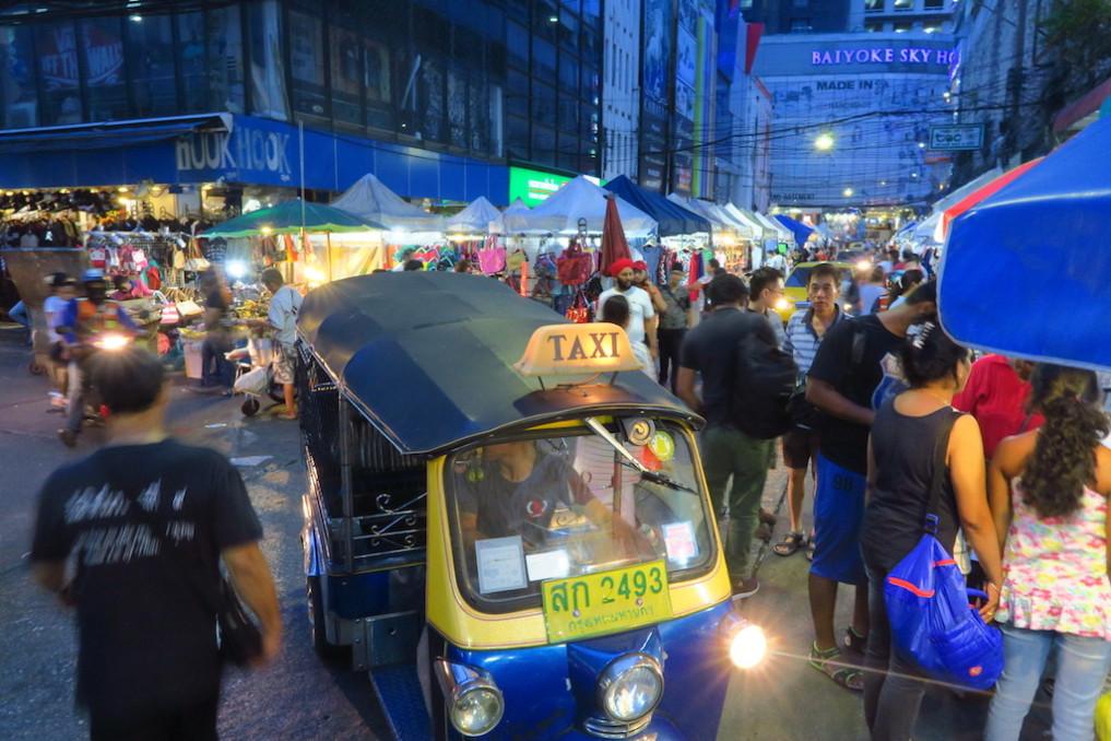 stopover-bangkok-nachtmarkt_pratunam_701