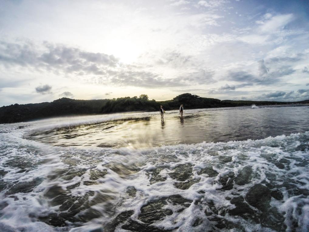 surf-trip-ost-java-epische-kulisse