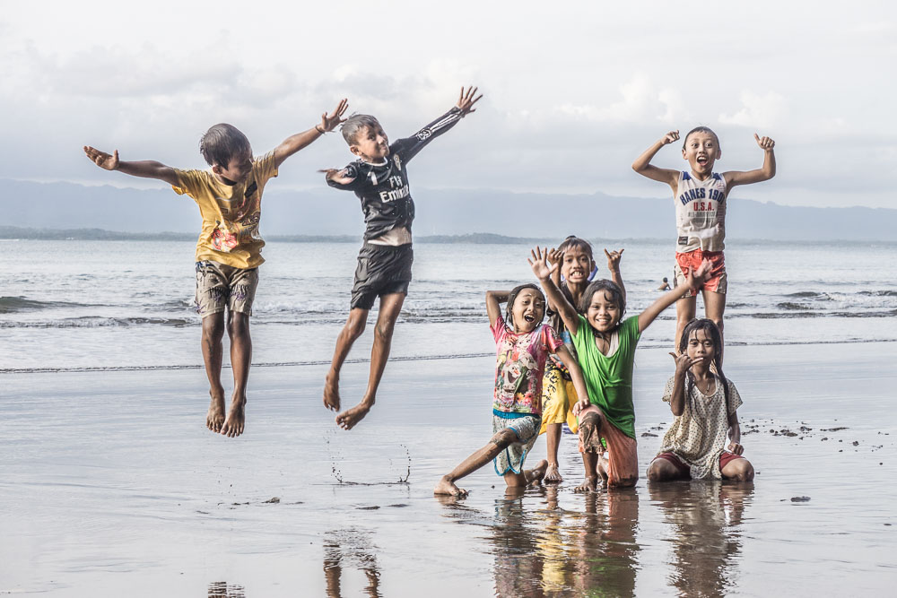 surfen-in-west-java-kids