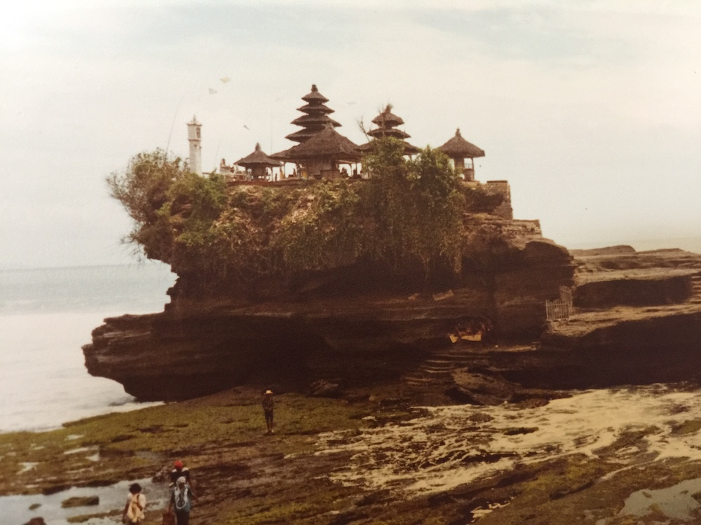 tanah-lot-old-times