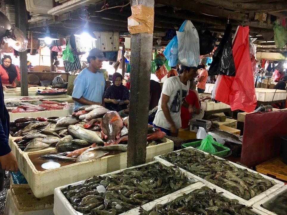 traditioneller-fishmarkt-kedonganan-jimbaran-bali