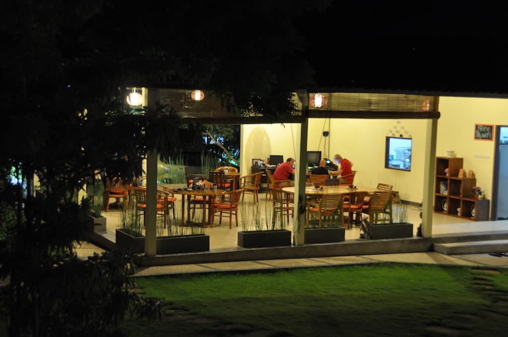 tulamben-restaurant
