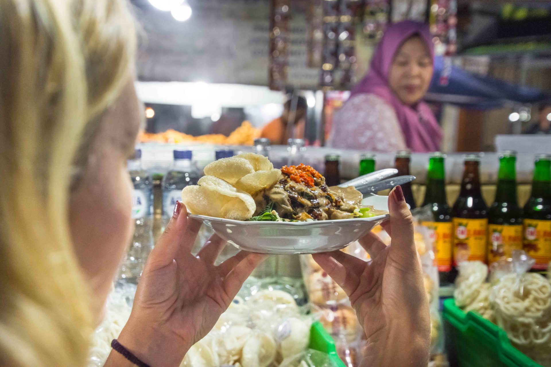 Gado Gado ist ein erfrischender, typisch balinesicher, warmer Salat