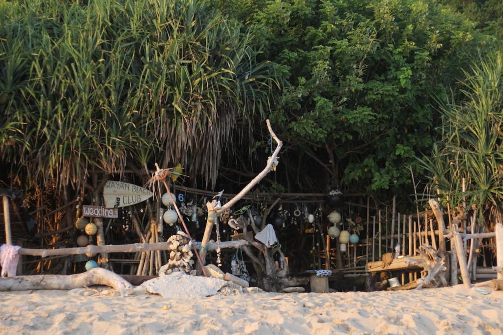 uluwatu-bali-nyang-nyang-beach
