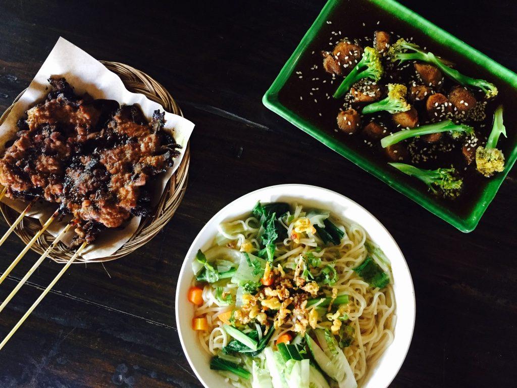 vegetarisch-indonesisch-soya-brokoli
