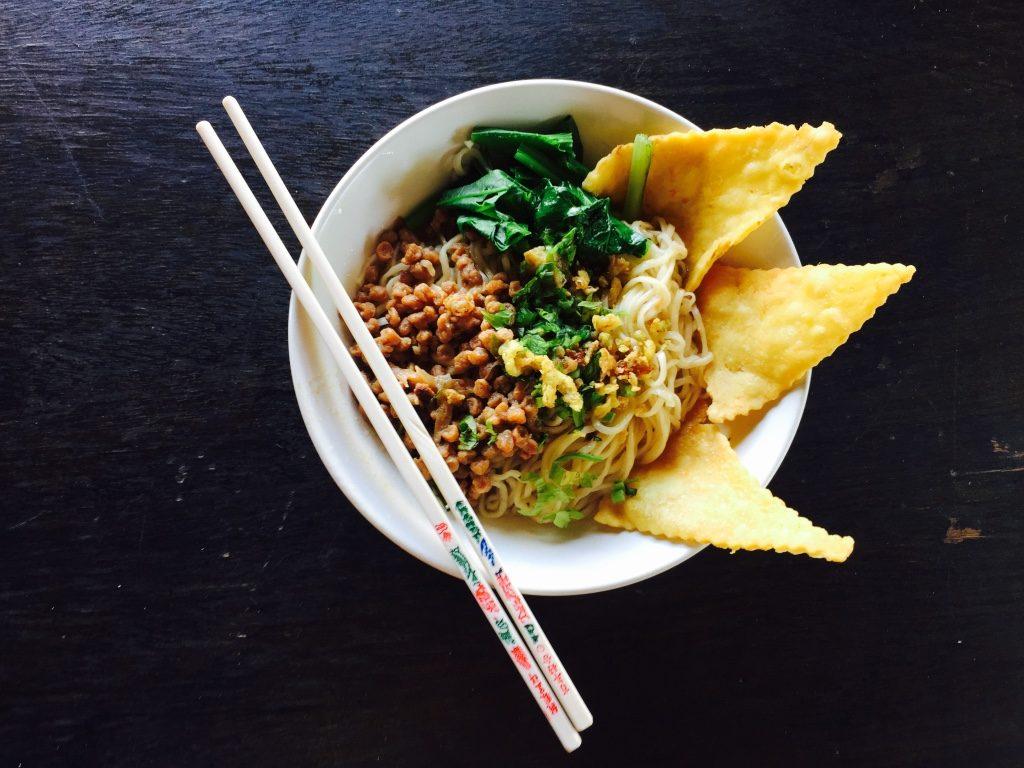 vegetarisch-indonesisch-yamie-jamur