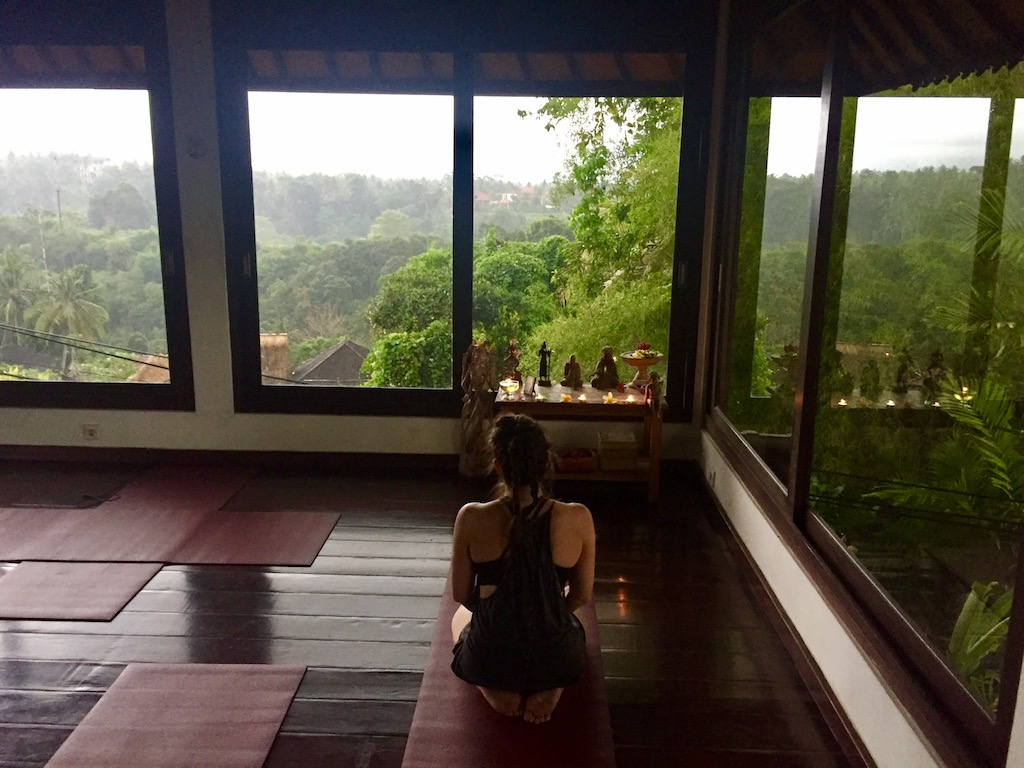 yoga bali intutive flow