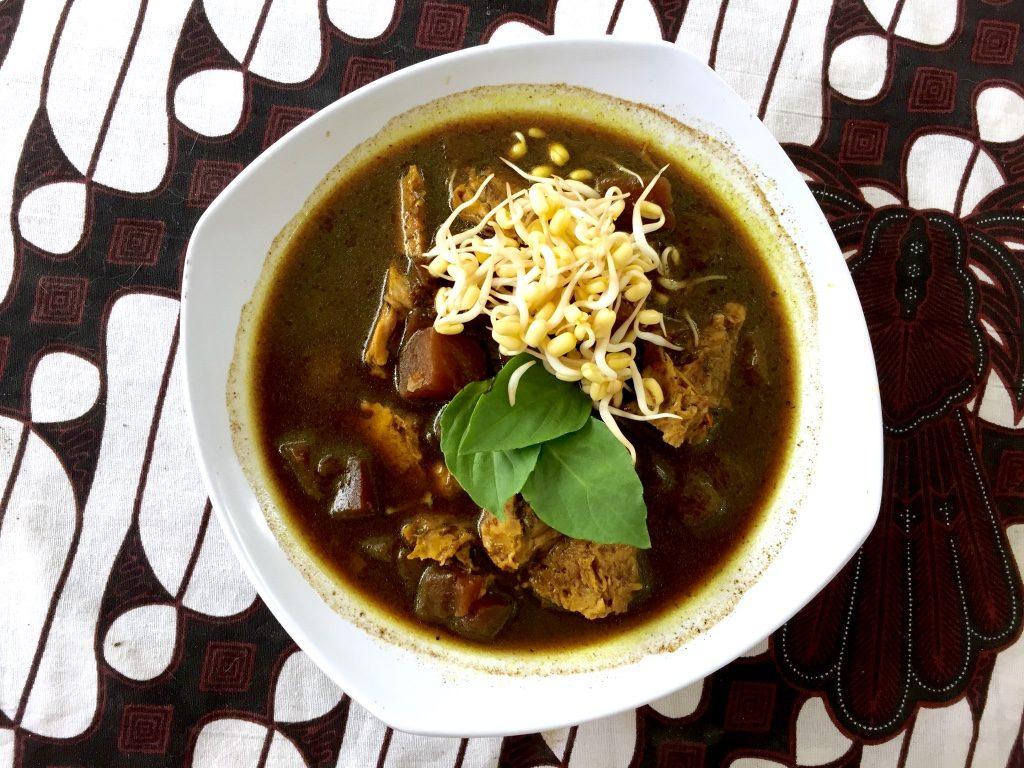 yogyakarta vegetarian restaurant Nasi Rawon